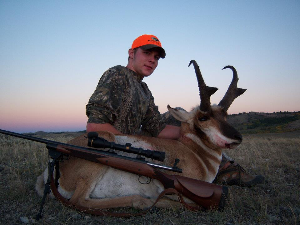 Outdoor adventures worldwide south central wyoming antelope for Wyoming non resident fishing license