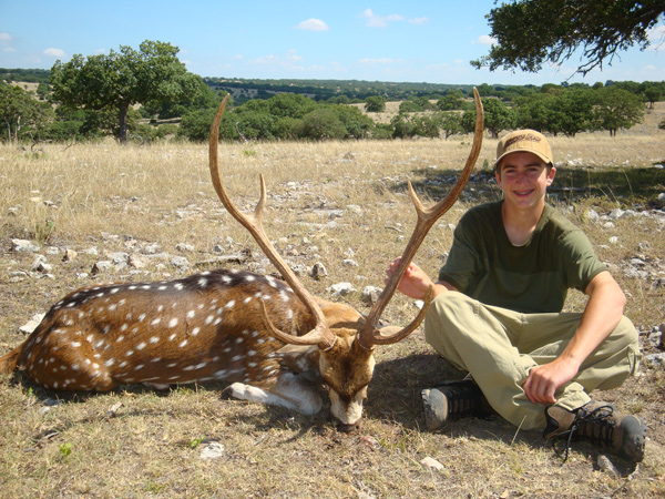 Outdoor adventures worldwide free range axis deer for Florida non resident fishing license cost