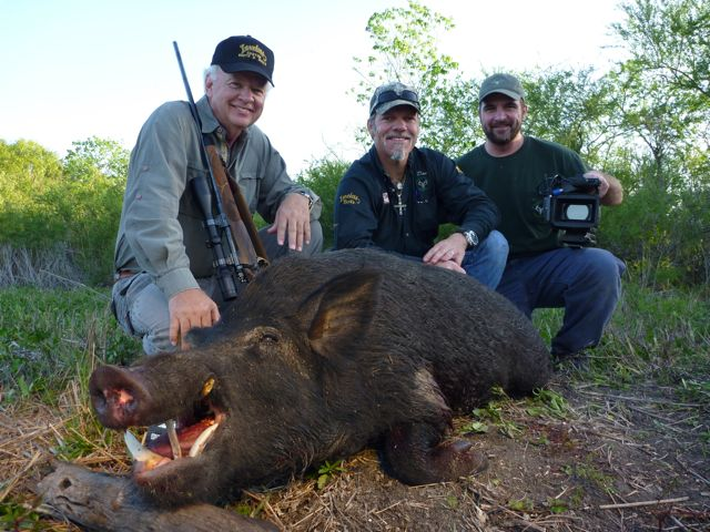 Outdoor adventures worldwide south texas hogs for Texas fishing license cost
