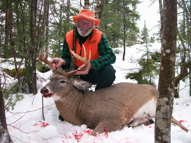 Outdoor adventures worldwide heavy maine whitetails for Fishing license vt